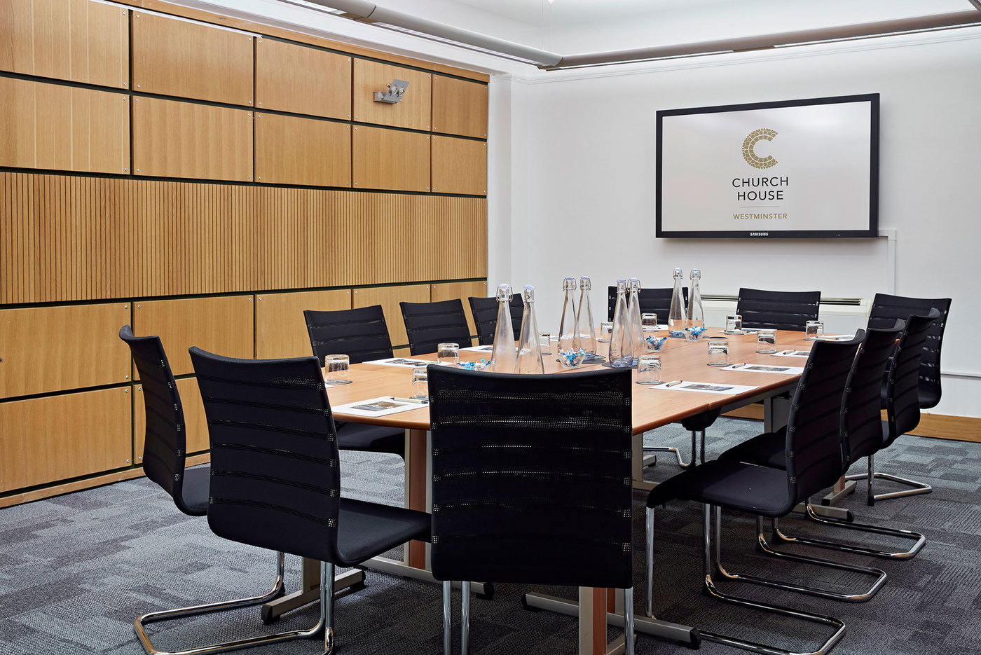 X large 1511958475 1506688076 coggan room boardroom header church house conference centre london