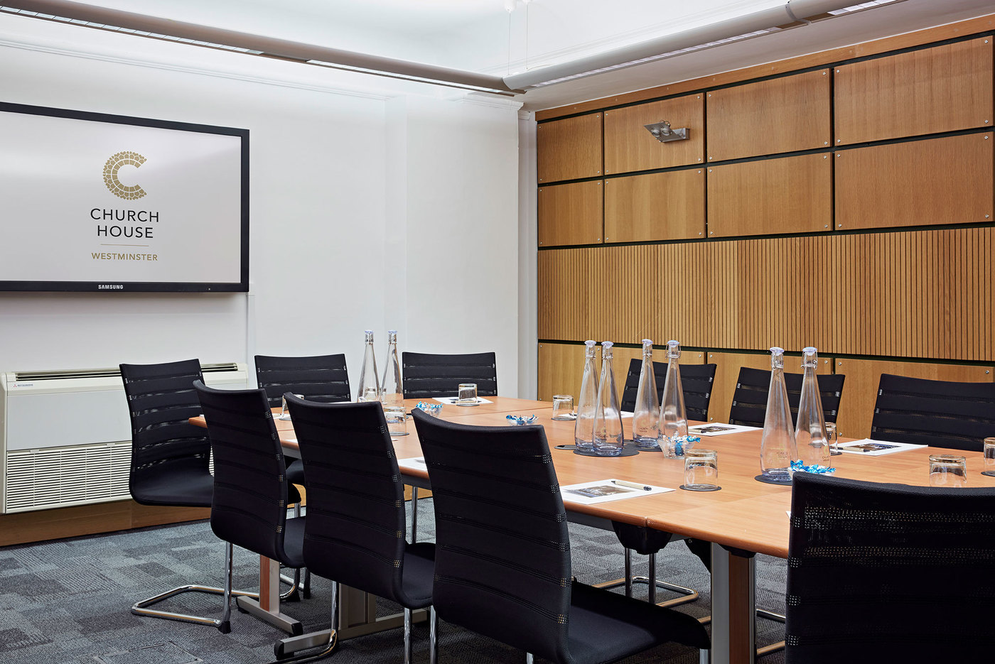 X large 1511958479 1506688077 coggan room boardroom 2 header church house conference centre london